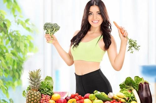Ăn nhiều rau xanh giúp hỗ trợ điều trị hơi thở có mùi