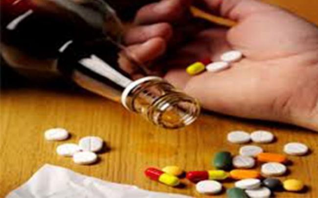 Bác sĩ cảnh báo - có thể tử vong nếu quá tin tưởng vào 'thuốc giải rượu'