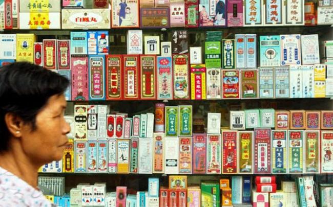 Bác sĩ châu Âu khuyến cáo việc sử dụng thuốc cổ truyền Trung Quốc