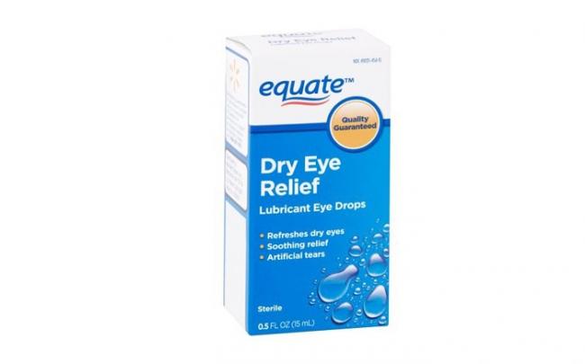 Các nhà bán lẻ đồng loạt thu hồi thuốc nhỏ mắt và thuốc mỡ do không vô trùng