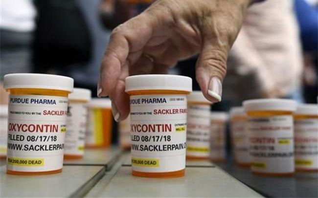 Hãng dược Mỹ đề xuất bồi thường 10 tỷ USD vụ bê bối thuốc giảm đau