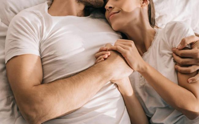 Khi chúng ta 'yêu nhau', não hoạt động như thế nào?