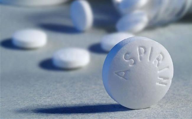 Không nên lạm dụng thuốc aspirin để phòng ngừa bệnh tim mạch