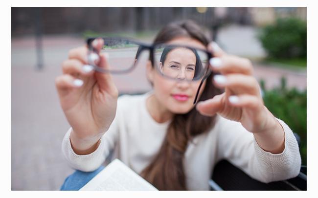Cẩm nang sức khỏe: Loạn thị có chữa được không?