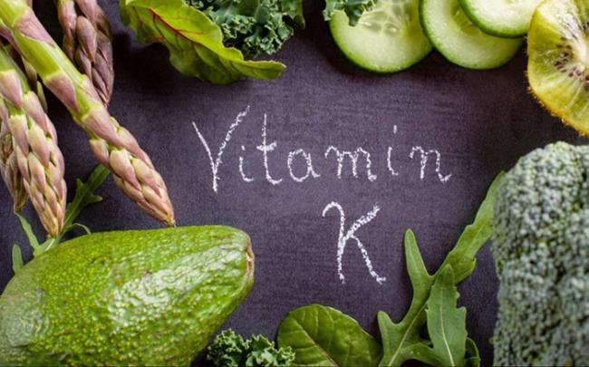 Lợi ích và 3 loại thực phẩm giàu vitamin K