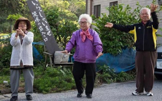 Ngôi làng sống thọ nhất Nhật Bản: Bí quyết nằm ở 4 thực phẩm này