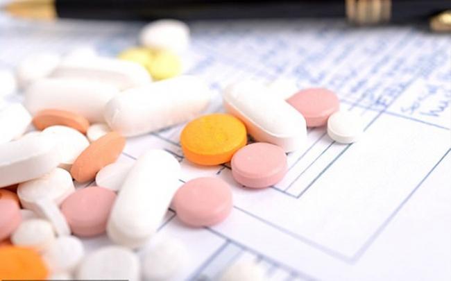Phụ nữ sử dụng kháng sinh lâu tăng nguy cơ bị đau tim hoặc đột quỵ