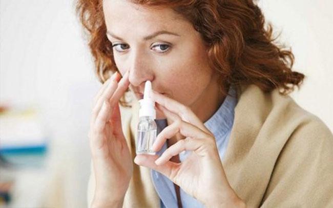 Thử nghiệm thành công thuốc xịt mũi ngừa chứng đau nửa đầu