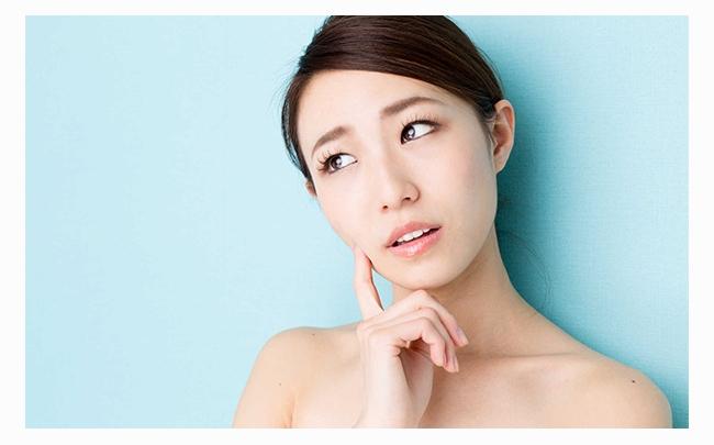 Xuất hiện vết thâm trên da mặt: Nguyên nhân và cách điều trị